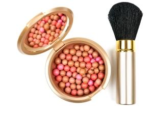 Bräunungsperlen mit passendem Make up-Pinsel -  Foto: colourbox2625458