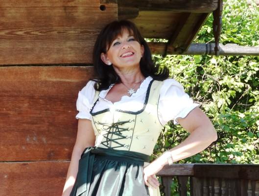 Martina Berg - Fesch zur Wiesn 2015